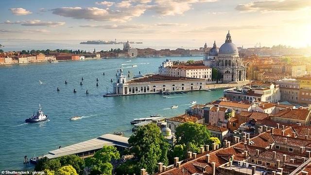 15 thành phố biển đẹp nhất thế giới - 4