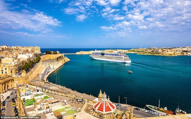 15 thành phố biển đẹp nhất thế giới - 13