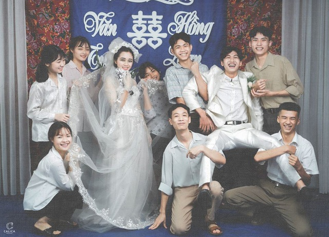 Cặp đôi 10x hóa thân vào bộ ảnh cưới phong cách thập niên 90 ấn tượng - 4