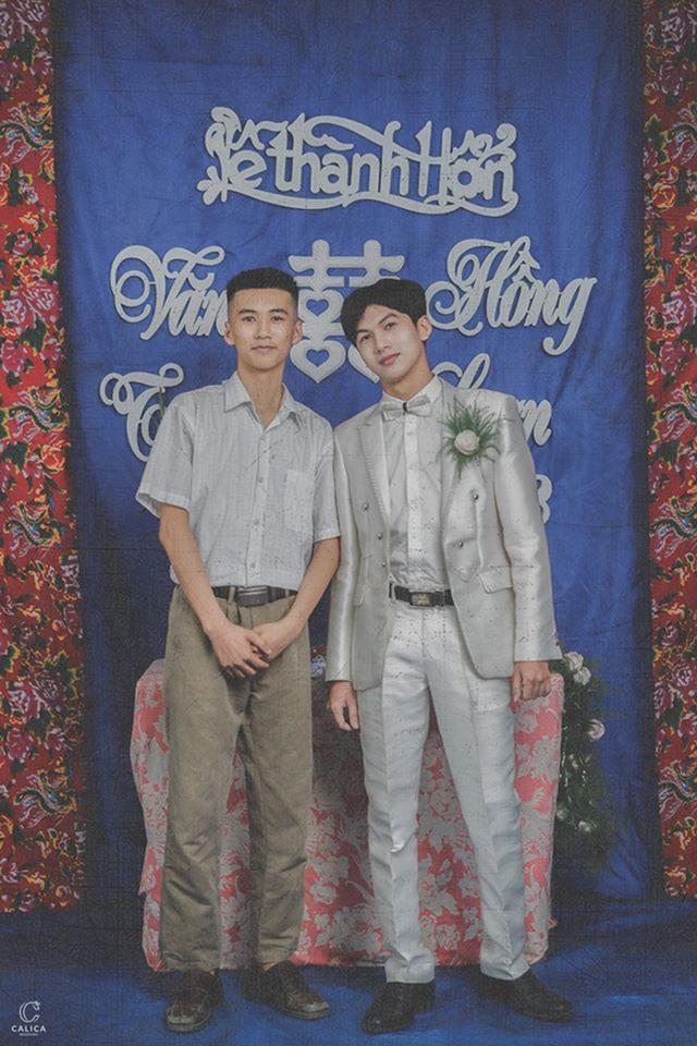 Cặp đôi 10x hóa thân vào bộ ảnh cưới phong cách thập niên 90 ấn tượng - 7