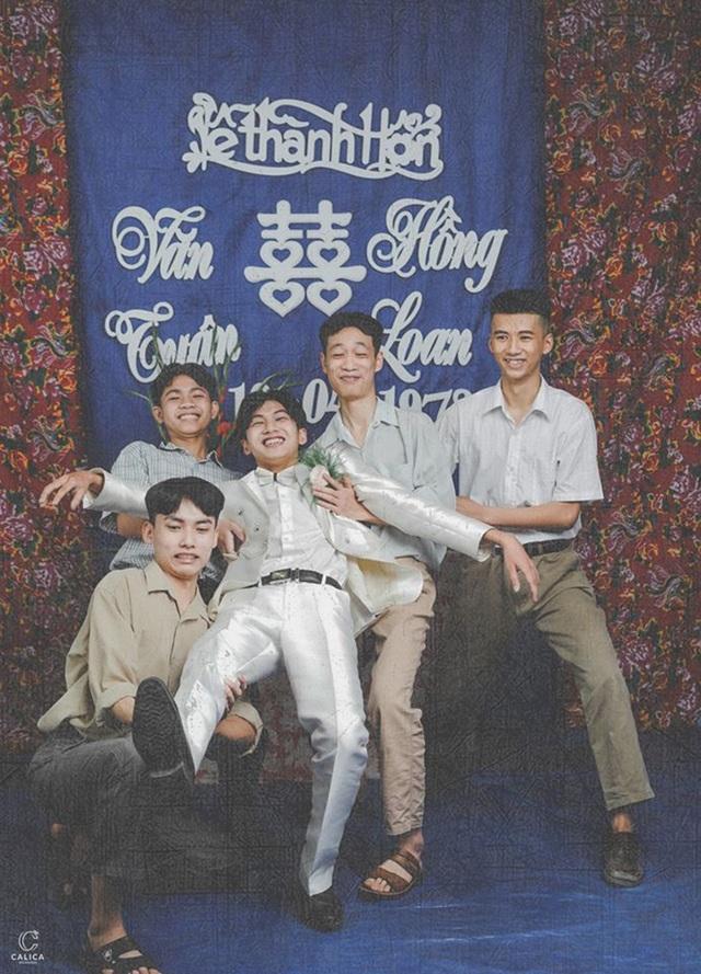 Cặp đôi 10x hóa thân vào bộ ảnh cưới phong cách thập niên 90 ấn tượng - 8