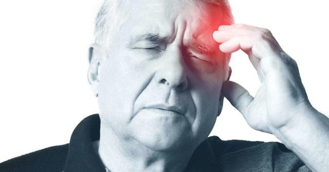 Dùng điều hòa sai cách, người già đối mặt nguy cơ méo miệng, liệt nửa người - 3