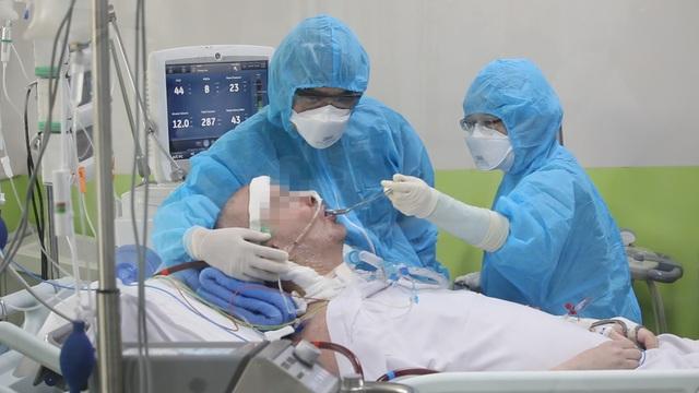 3 nguyện vọng của phi công người Anh nhiễm Covid-19 trước ngày xuất viện - 1