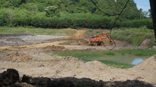 Qua mặt chính quyền, khai thác đất trái phép tràn lan tại Nghệ An - 1