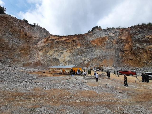 Vụ sập mỏ đá ở Điện Biên: Đã tìm thấy thi thể nạn nhân thứ 3 - 1