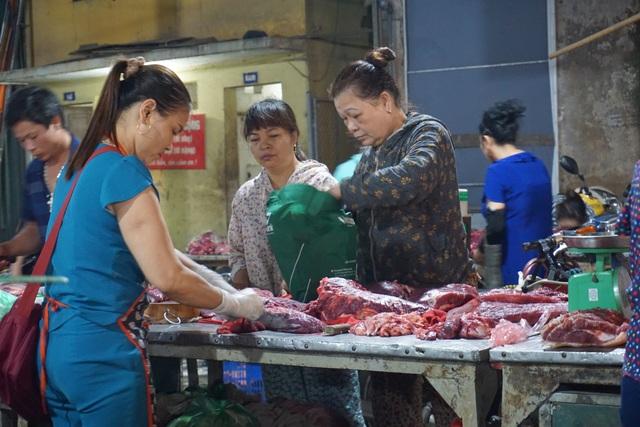 Nhập cả triệu con lợn sống, giá thịt lợn siêu thị vẫn tăng mạnh - 3