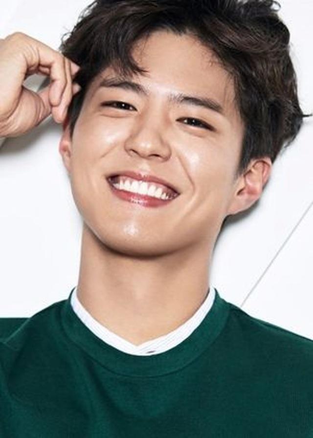 Bạn trai tin đồn của Song Hye Kyo nộp đơn xin nhập ngũ - 1