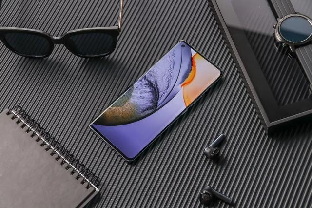 """Vivo ra mắt loạt smartphone X50 với camera """"siêu chống rung"""" - 1"""
