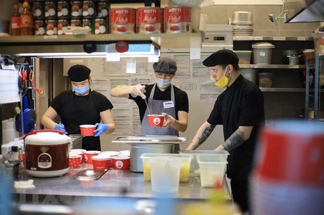 Quán ăn Việt ấm tình người giữa đại dịch COVID-19 tại Nga - 1
