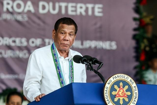 Philippines bất ngờ đảo ngược quyết định hủy thỏa thuận quân sự với Mỹ - 1