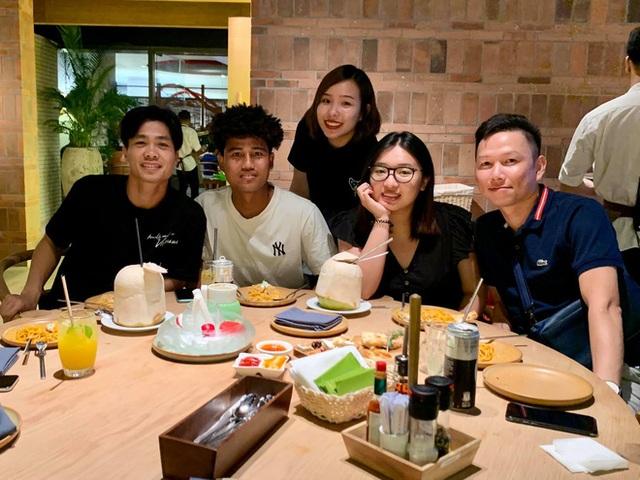 Gần 4 năm sau chia tay, Công Phượng và Hoà Minzy hạnh phúc bên người mới - 4