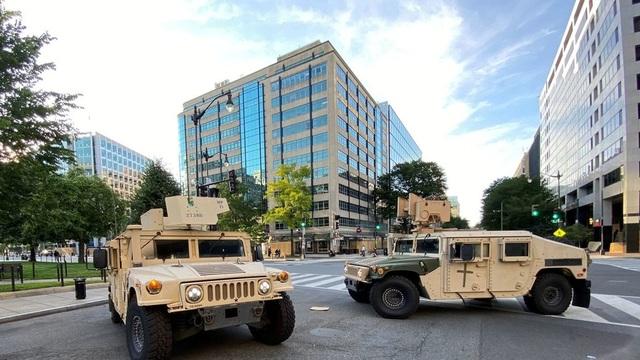 Lầu Năm Góc đưa 1.600 binh sĩ tới thủ đô Washington - 1