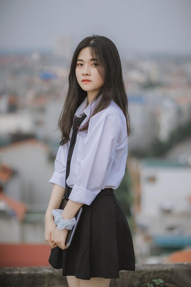 Vẻ đẹp đượm nét thơ ngây của nữ sinh Bắc Giang trong bộ đồng phục - 2