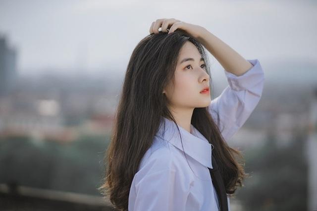 Vẻ đẹp đượm nét thơ ngây của nữ sinh Bắc Giang trong bộ đồng phục - 4