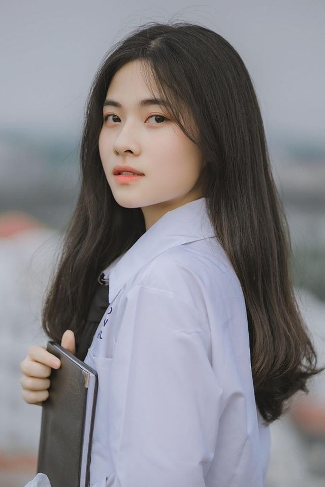Vẻ đẹp đượm nét thơ ngây của nữ sinh Bắc Giang trong bộ đồng phục - 5