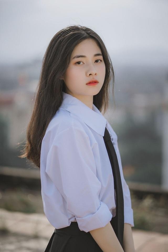 Vẻ đẹp đượm nét thơ ngây của nữ sinh Bắc Giang trong bộ đồng phục - 6