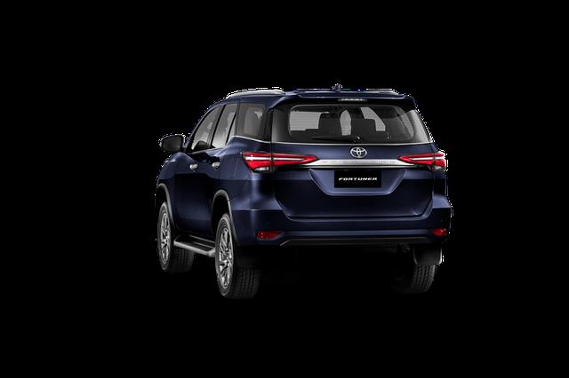 Toyota Fortuner phiên bản nâng cấp 2021 có gì mới? - 29