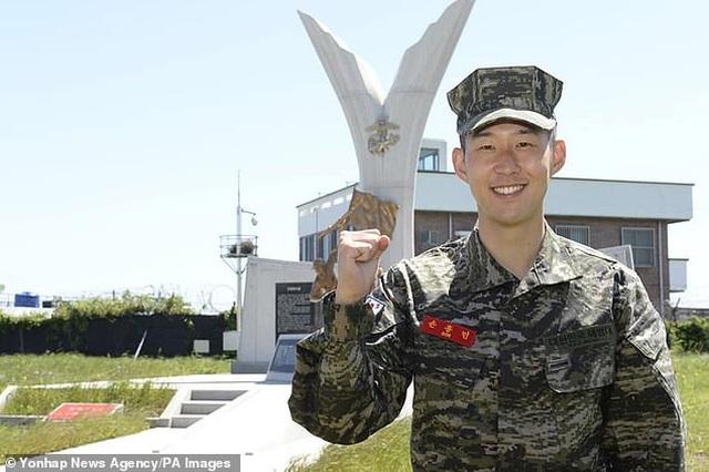 Son Heung Min trải lòng về cuộc sống trong quân ngũ - 2