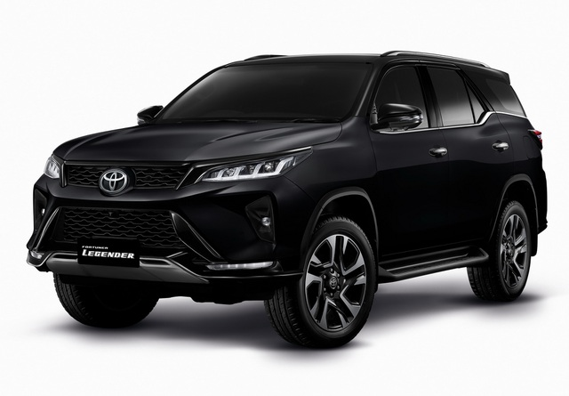 Toyota Fortuner phiên bản nâng cấp 2021 có gì mới? - 5