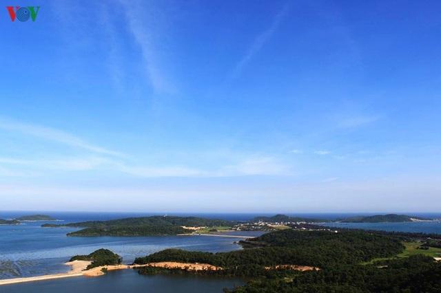 Biển Cô Tô - điểm đến hấp dẫn ẩn mình ở vùng Đông Bắc Tổ quốc - 11