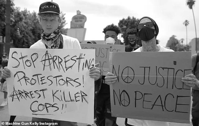 Sao tiếp tục biểu tình vì người da màu - 6