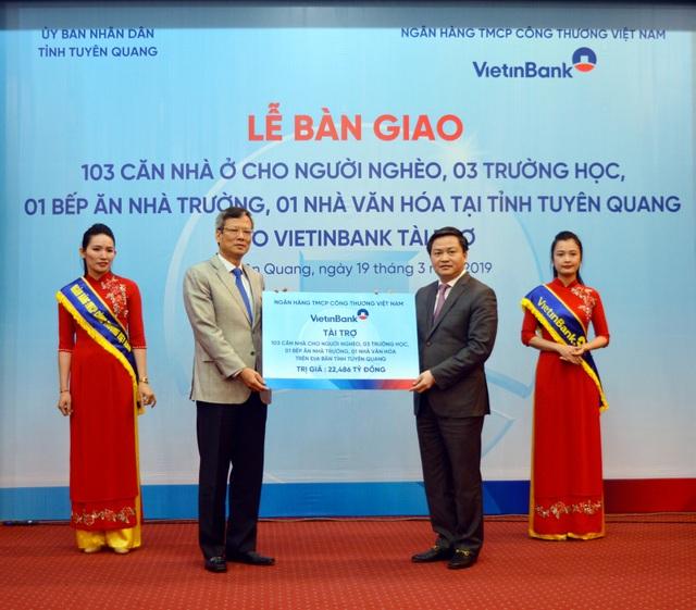Đảng bộ VietinBank: Giữ vững vị thế lá cờ đầu trong Khối DNTW - 2