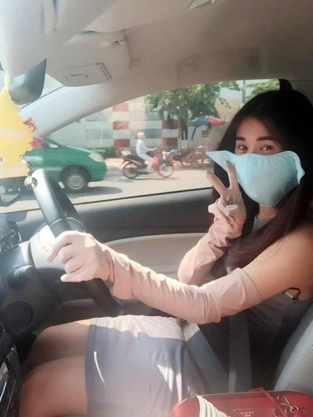 Muôn kiểu chống nóng ô tô của tài xế Việt giữa chảo lửa mùa hè - 3