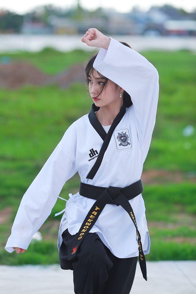 Nữ sinh 17 tuổi đam mê võ thuật, sở hữu thần thái như ngọc nữ - 6