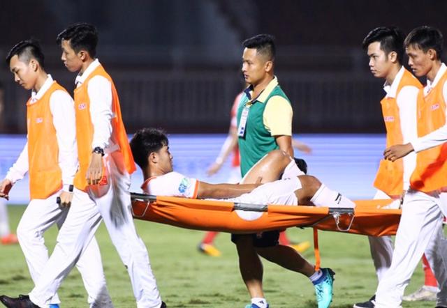 Đức Chinh tiếp tục lỡ hẹn V-League, HLV Huỳnh Đức lo lắng - 1