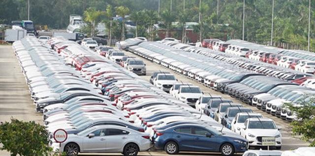 Tồn kho hàng chục nghìn chiếc, ô tô đại hạ giá đến Tết sang năm - 1