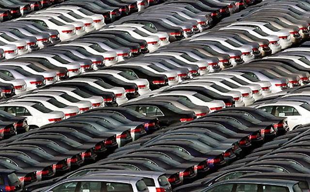 Tồn kho hàng chục nghìn chiếc, ô tô đại hạ giá đến Tết sang năm - 2