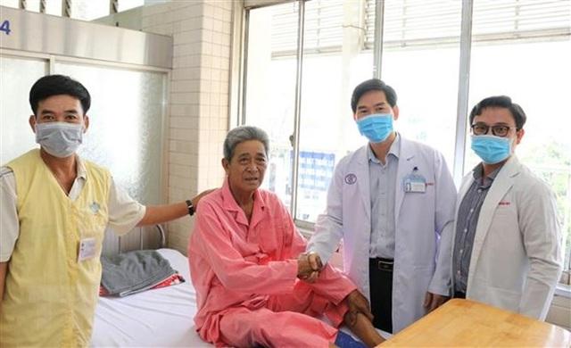 Bệnh viện Chợ Rẫy kết hợp đại phẫu 3 trong 1 cho bệnh nhân ung thư - 1