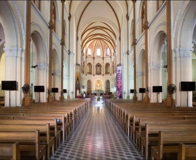 Nhà thờ Đức Bà Sài Gòn lọt top 19 thánh đường đẹp nhất thế giới - 1