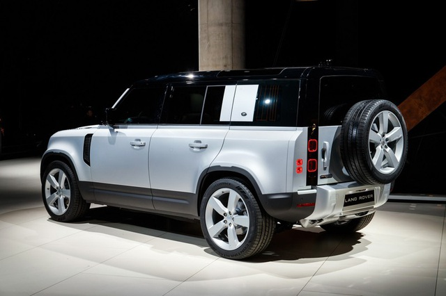 "Land Rover Defender 2020 ""hồi sinh"" sau 23 năm vắng bóng - 2"
