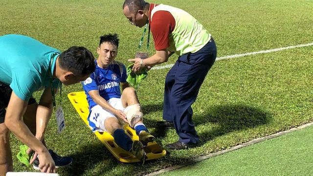 Hải Huy gãy chân, Than Quảng Ninh thua Hà Tĩnh trên sân nhà - 3