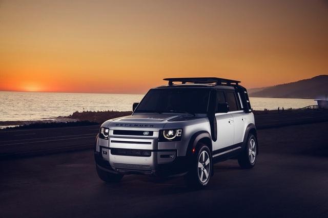 "Land Rover Defender 2020 ""hồi sinh"" sau 23 năm vắng bóng - 4"