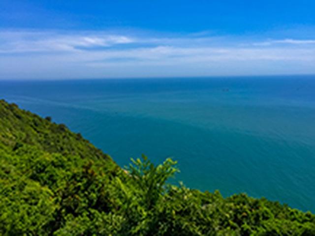 Ngọn hải đăng cổ trên bán đảo Sơn Trà - 9