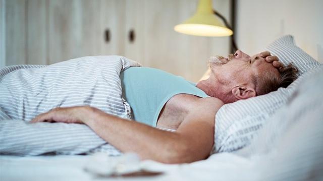 Nếu có những triệu chứng này khi ngủ, cảnh báo phổi bị tổn thương, có thể dẫn tới ung thư - 3