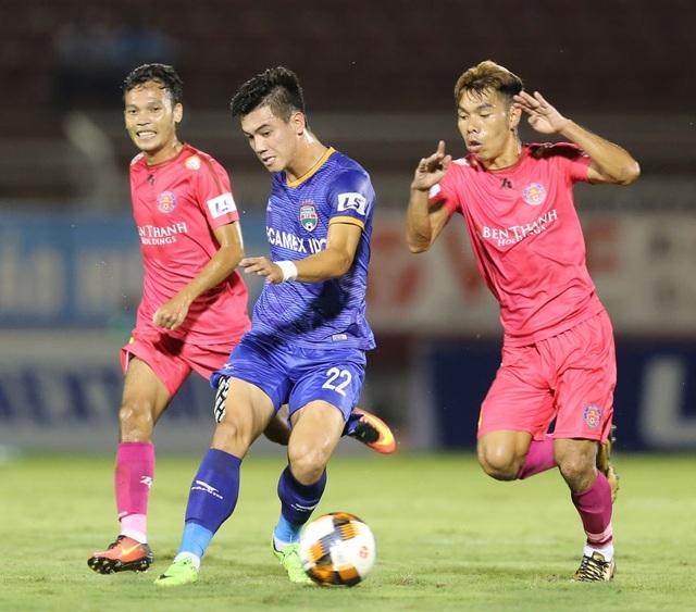 Tiến Linh tái ngộ Xuân Trường, Tuấn Anh ở V-League - 1