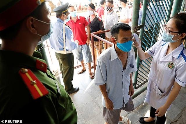 Báo chí Anh choáng ngợp và nể phục bóng đá Việt Nam - 5