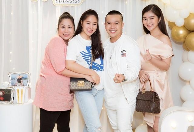 Nghệ sĩ Hồng Vân, Lê Phương và Thanh Trúc vui vẻ khi hội ngộ - 1