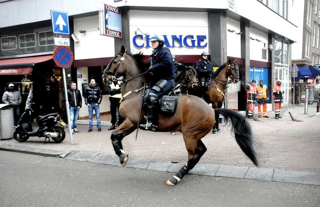 Các đội cảnh sát kỵ binh trên thế giới - 1