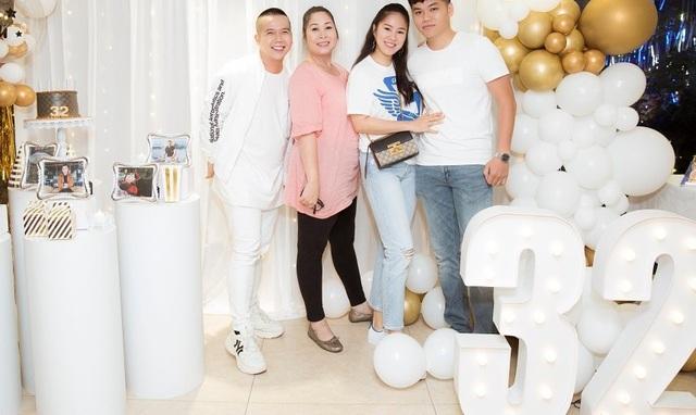 Nghệ sĩ Hồng Vân, Lê Phương và Thanh Trúc vui vẻ khi hội ngộ - 3