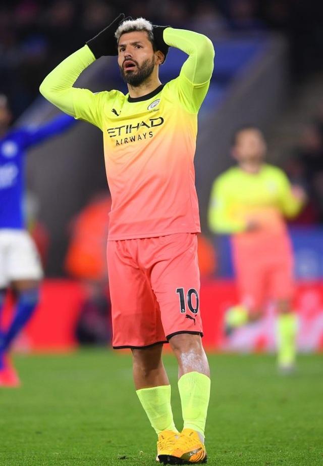 Man Utd, Man City vung tiền nhiều nhất Premier League - 2