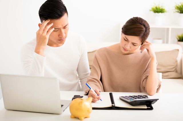 6 sai lầm trong quản lý tài chính các cặp vợ chồng trẻ cần né - 3