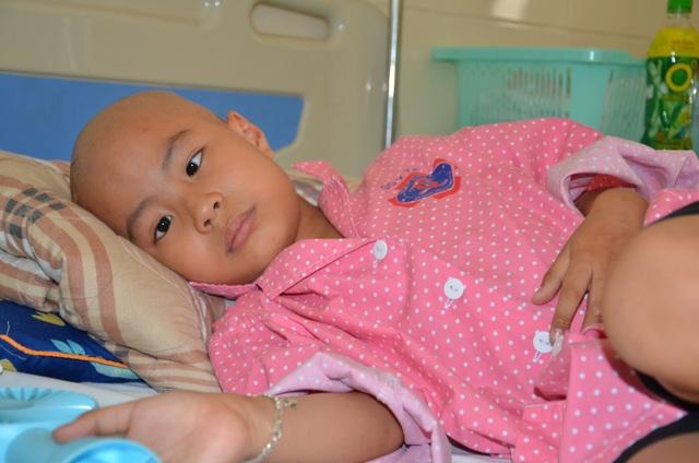 Thầm ước điều kì diệu đến với cậu bé ung thư có đôi mắt khát thèm sự sống - 5