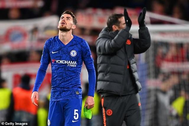 HLV Lampard tính bán bộ đôi tiền vệ hay nhất của Chelsea - 1