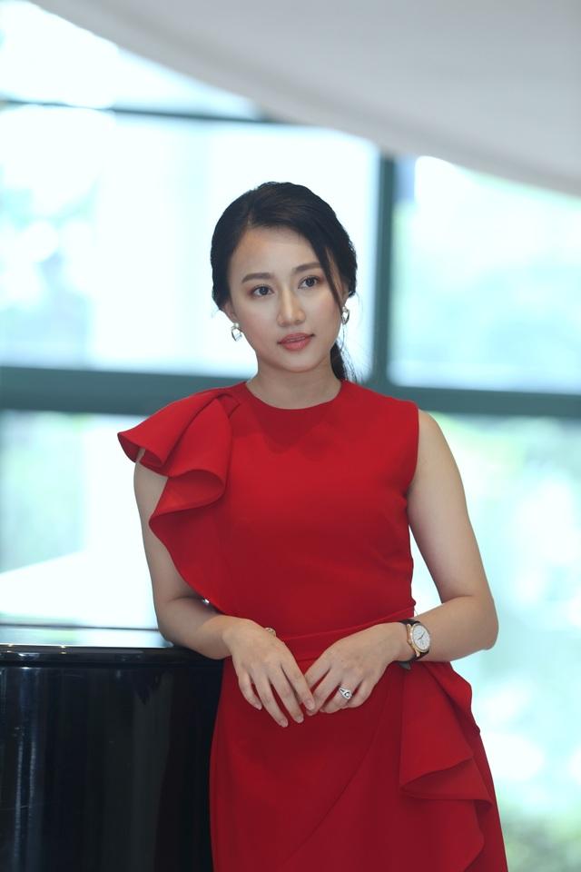 """Phương Oanh làm """"tình địch"""" của bạn gái cũ Tiến Linh trong phim mới - 3"""