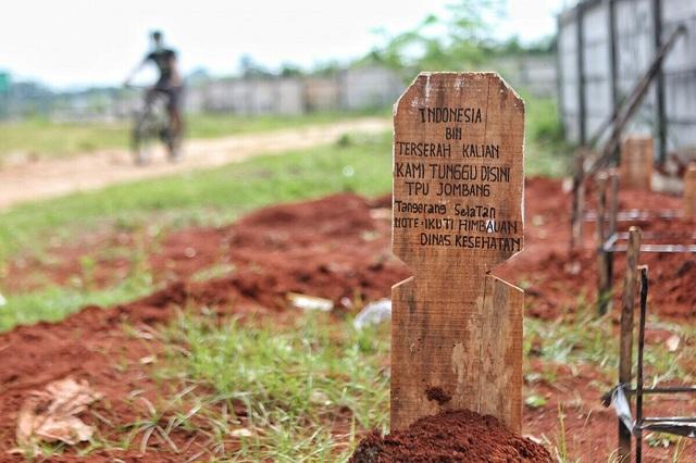 Nhức nhối nạn cướp xác người chết vì Covid-19 ở Indonesia - 1