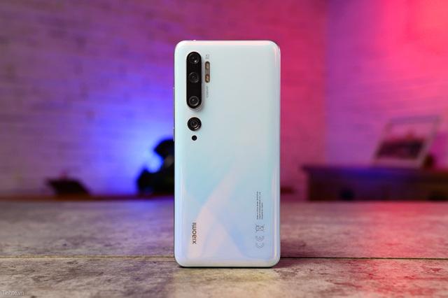 Những mẫu smartphone cao cấp và cận cao cấp đang giảm giá tiền triệu - 6